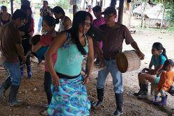 Tanz auf dem Fest zu Ehren von Mutter Erde / Foto: pororoca.red
