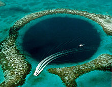 Belize Great Blue Hole. Foto: U.S. Geological Survey/Wikimedia Commons