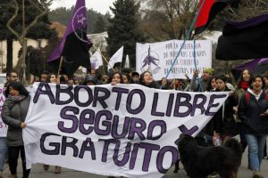 Großdemo - mehr als 20.000 Menschen protestieren gegen Abtreibungsverbot