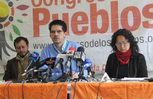 Sprecher*innen vom Congreso de los Pueblos auf einer Pressekonferenz zum Fall Carlos Pedraza. Foto: Verdadabierta.com