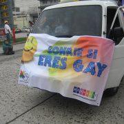 Homophober Priester geoutet