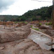 Ein halbes Jahr nach dem Minenunglück: Kampf um Entschädigung