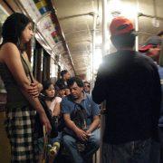 Exklusive U-Bahn-Waggons für Frauen künftig auch in Buenos Aires?