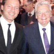 Wir dokumentieren: Opfer der Colonia Dignidad von Gauck-Besuch enttäuscht – Verurteiltes Colonia Dignidad Mitglied nimmt an Botschaftsempfang des Bundespräsidenten teil