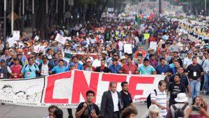 CNTE verhandelt mit Regierung über Bildungsreform