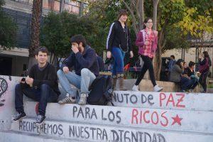 Schüler*ìnnen und Studierende in Chile Foto: Nils Brock