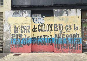 Trotz Friedensvertrags bereits 41 Morde an Menschenrechtsverteidiger*innen / Foto: Urban Lenny, Wandbild in Montovideo, cc by-nc-2.0