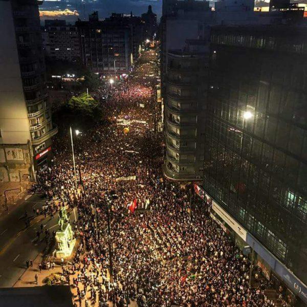 Faruendemonstration Montevideo
