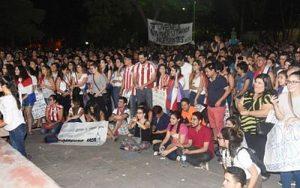 Gedanken an Todesopfer bei Protesten gegen Verfassungsreform