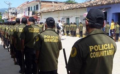 José Mireles, eine wichtige Person der Bewegung der autodefenes, der gemeindesbasierten Bürgerwehren, ist vorläufig frei / Bildquelle: anticapitalistas.net