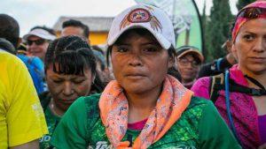 indigene Marathonläuferin