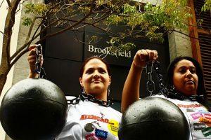 Protest gegen Sklavenarbeit in Brasilien (2011) / Foto: CSA-TUCA, CC-BY 2.0