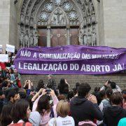 Kommission beschließt Vorschlag zur Verschärfung des Abtreibungsgesetzes
