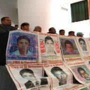 Ayotzinapa: Angehörige fordern Amlo zum Handeln auf
