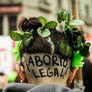 Argentinien: Senat stimmt gegen Recht auf Abtreibung