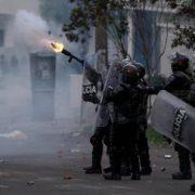 Polizei in Kolumbien geht hart gegen Studierende vor
