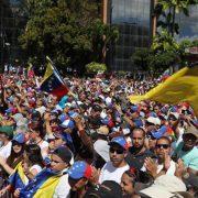 Intellektuelle fordern ein Ende der Eskalation in Venezuela