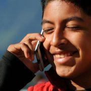 Indigene Mobilfunkanlage mit Solarbetrieb in Oaxaca