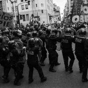 Repression gegen Demonstration für höhere Löhne in Buenos Aires