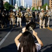Piñeras Krieg, Chiles Würde
