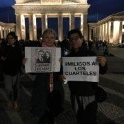 """""""milicos a los cuarteles"""" y """"dónde están?"""" - protesta en Berlin 21.10.2019"""