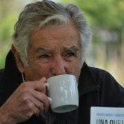 Mujica bezieht antifeministische Positionen, die Linke schweigt dazu