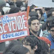 Pandemia desnuda brechas digitales en la educación chilena