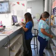 Farmacias populares, alternativas a una salud pública en crisis